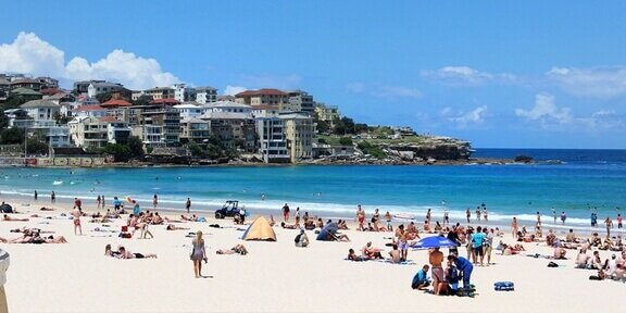Discover upcoming public holiday dates for Australia